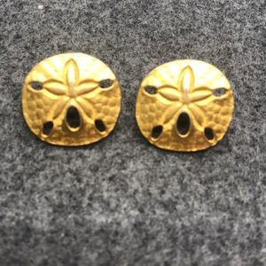 Vintage 1980s Sand Dollar Earrings Gold Tone